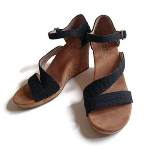 TOMS Clarissa Black Wedge Strappy Sandal